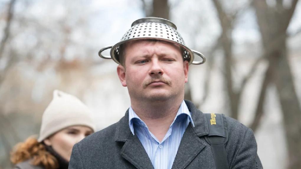 Гусар Ярослав Ширшиков перепутал свой же приговор за призывы к протестам в сквере и клевету на полпреда