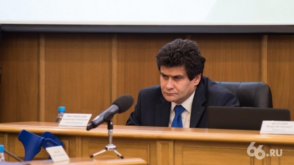 Александр Высокинский объяснил, зачем нужен опрос по храму, если сквер исключили из списка площадок