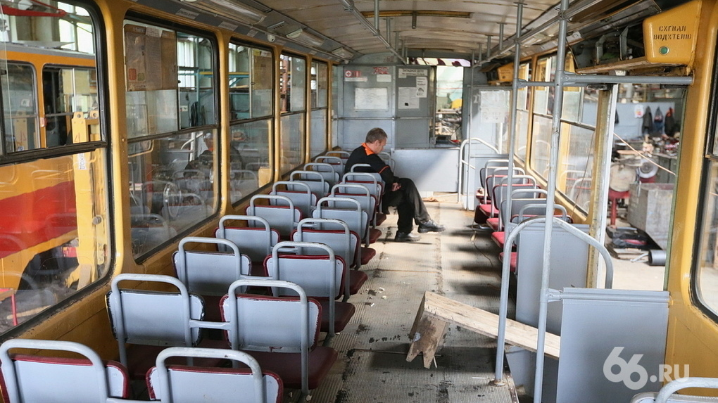 Рекордные убытки и иски. Что вообще происходит с общественным транспортом Екатеринбурга