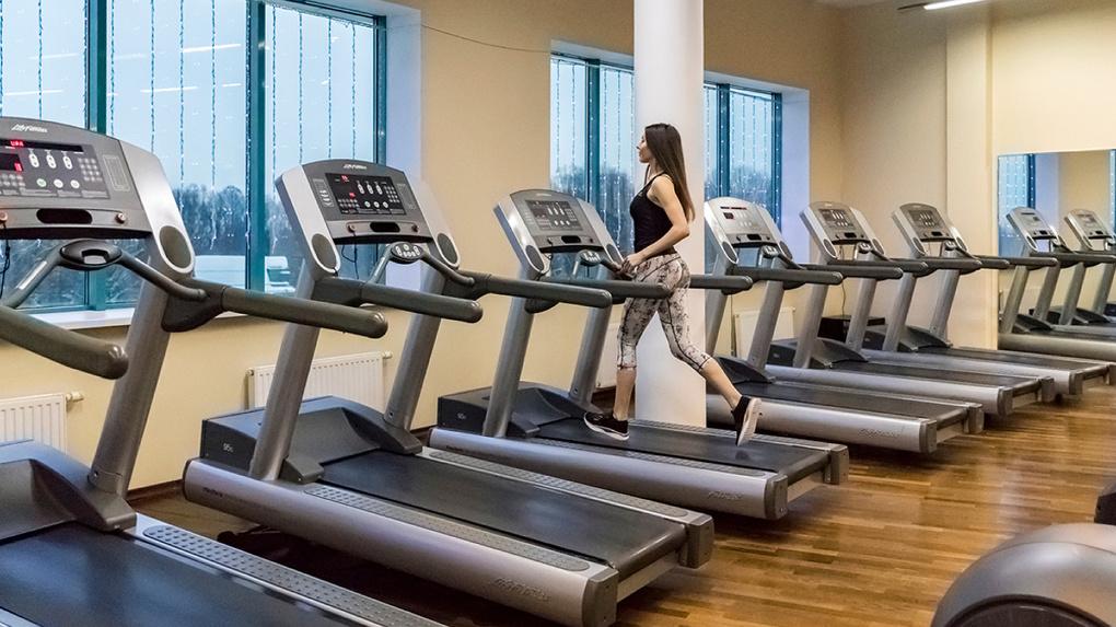 Фитнес-клубы договорились за свой счет обслуживать клиентов конкурентов, разорившихся в период пандемии