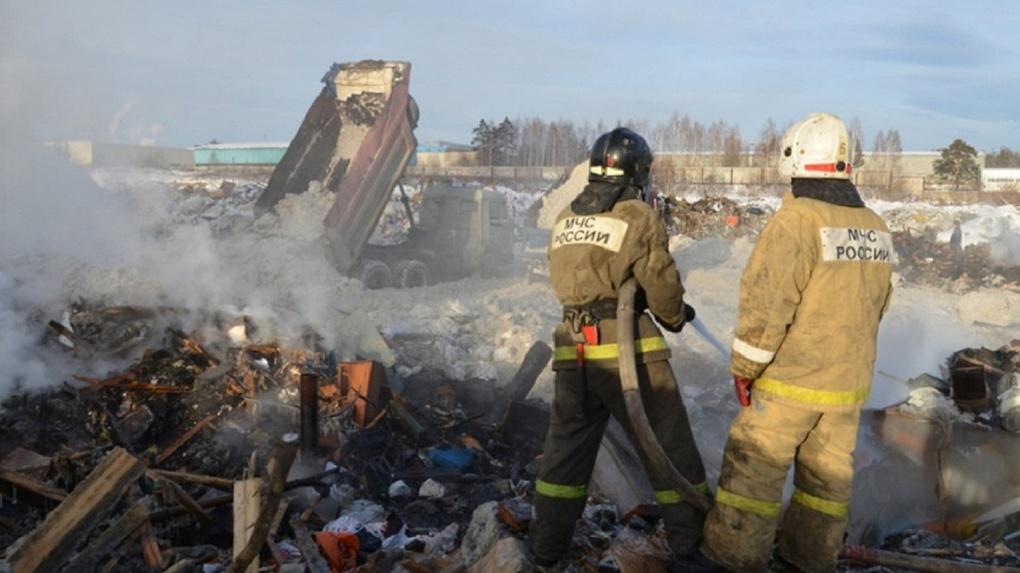 Южная часть Екатеринбурга задыхается от гари и дыма