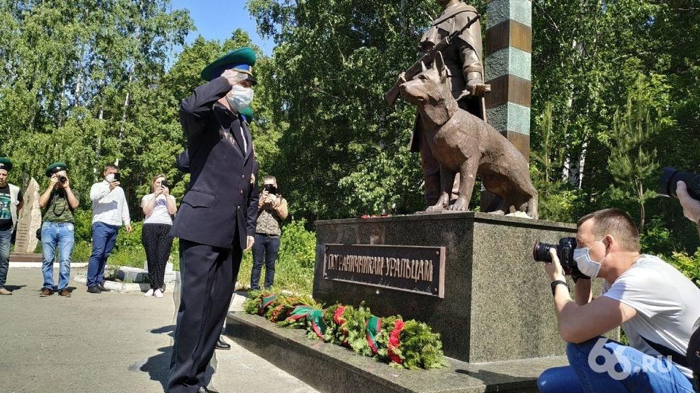В День пограничника полиция будет усиленно патрулировать Плотинку и ЦПКиО