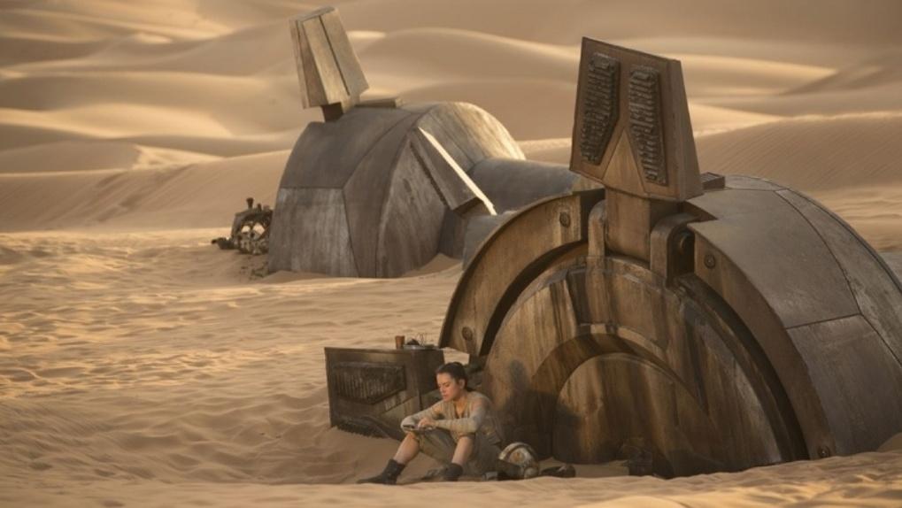 «Звездные войны. Пробуждение силы». Disney изо всех сил пытался загубить легенду, но не смог