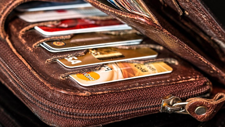 Акция по кредитованию участников зарплатных проектов Челиндбанка действует до 31 января