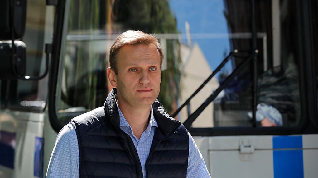 Чем мог отравиться Алексей Навальный. Основные версии