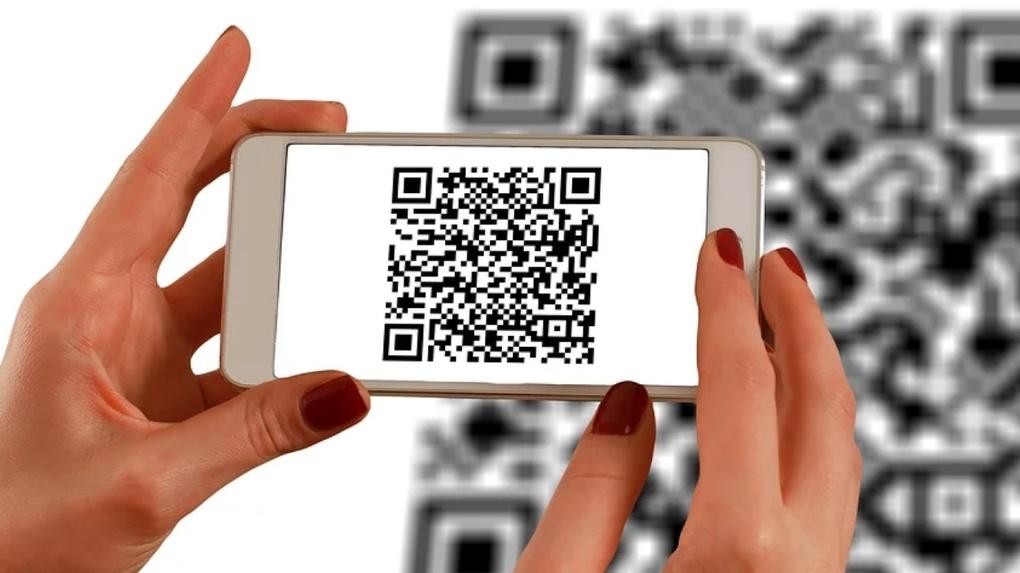 «Связной» и Росбанк масштабировали оплату товаров по QR-коду на все магазины розничной сети в России