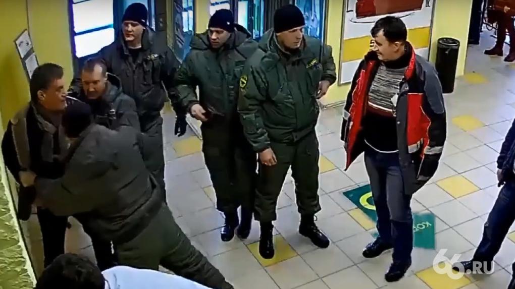 Угрозы, удары и задержание. Хронология разборок между владельцем МЦ «ЭМА» и бойцами ЧОП