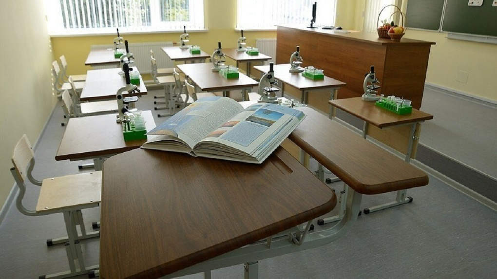 Расширение «резиновой» школы в Краснолесье откладывается из-за жалобы петербургской компании