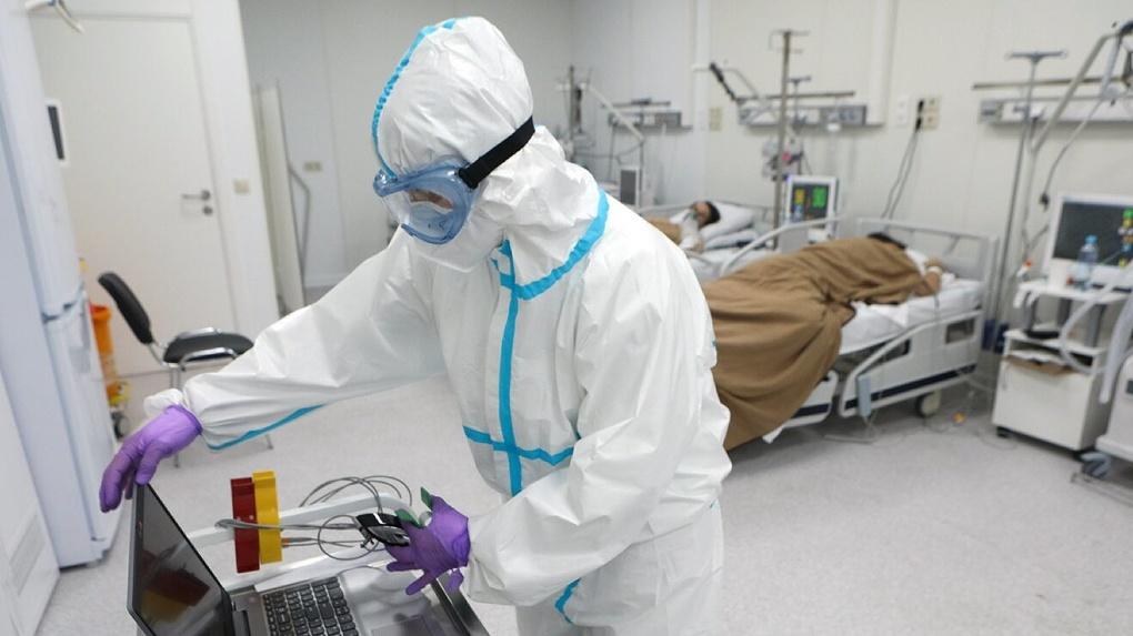 В России готовят программу ревакцинации из-за «злого» индийского штамма коронавируса. Что о нем известно?