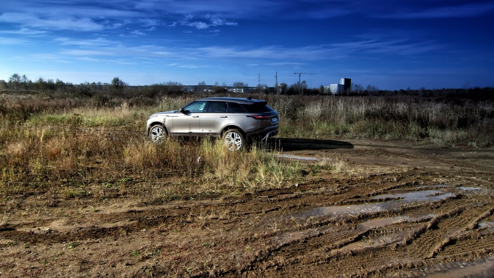 Он вам не «Ягуар»: что такого концептуального в новом Range Rover Velar
