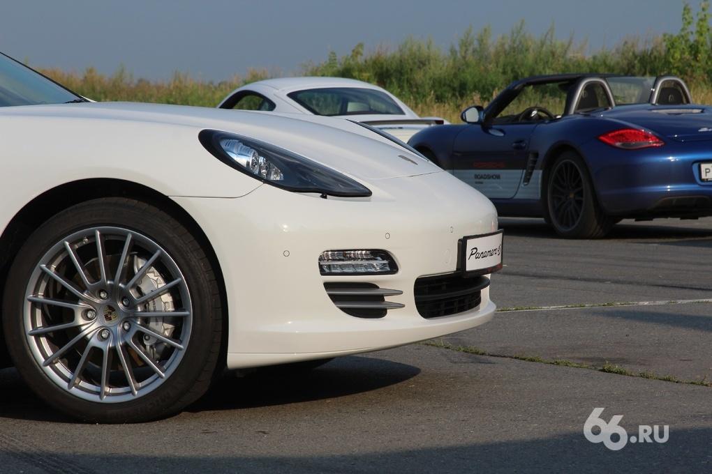 Спецрепортаж 66.ru: учимся водить Porsche у Олега Кесельмана