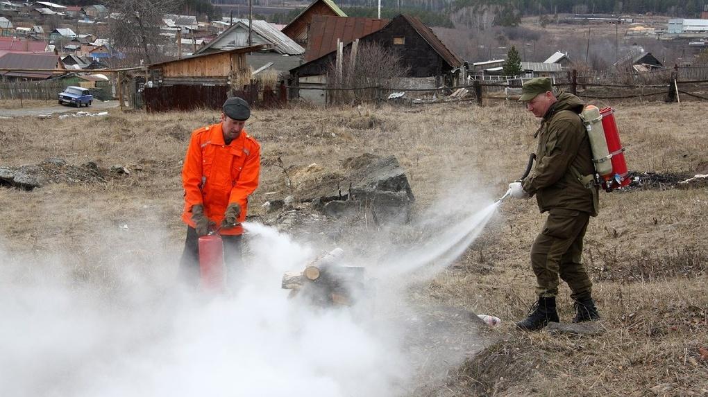 В Екатеринбурге начался пожароопасный сезон. Рекомендации спасателей