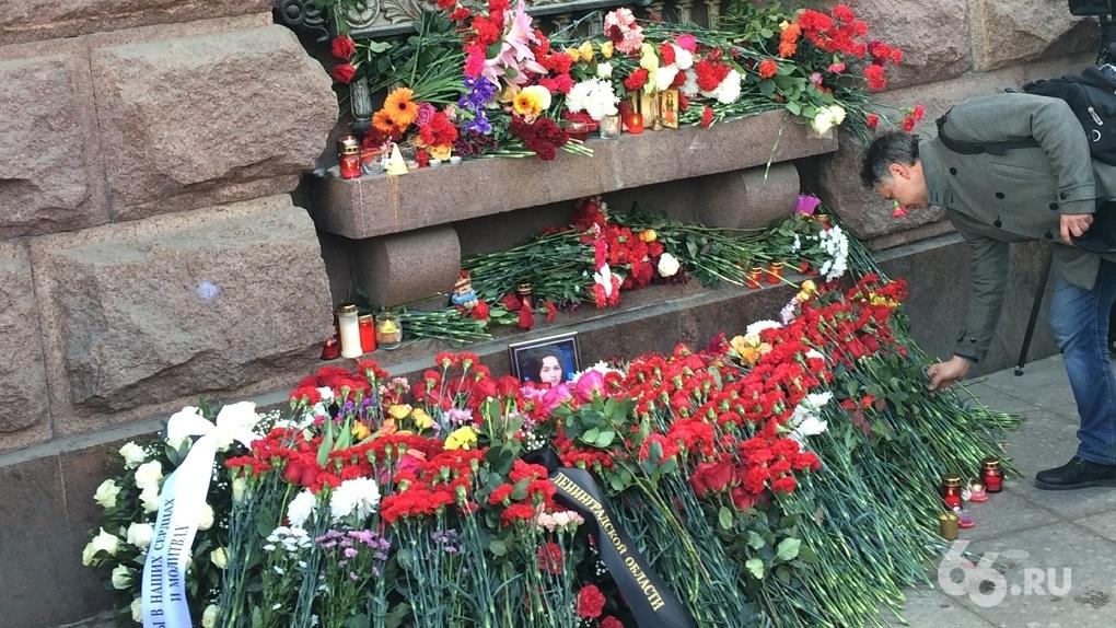 ФСБ задержала семь человек по подозрению в подготовке новых терактов в Санкт-Петербурге