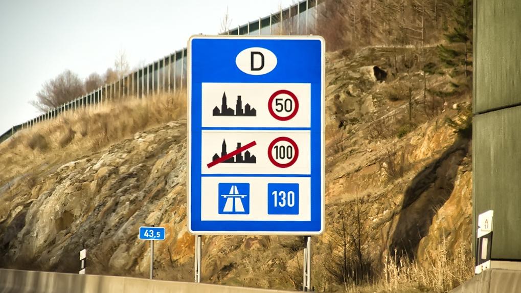 «Хочу взять машину напрокат за границей, чего опасаться»: пять лайфхаков для туристов