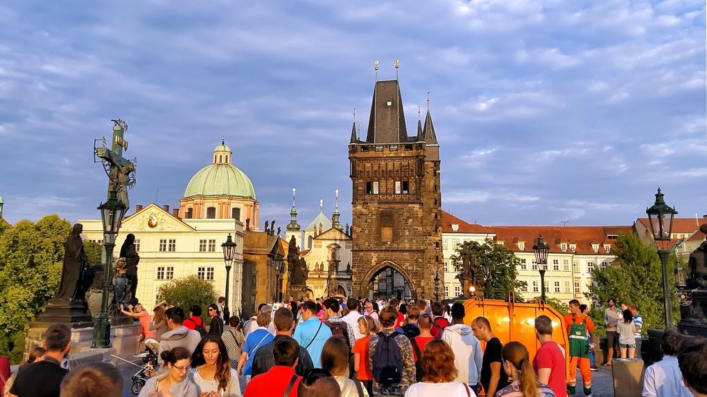 Россия против всех. В чем страны Европы обвиняют Москву и как конфликт с Чехией отразится на туристах