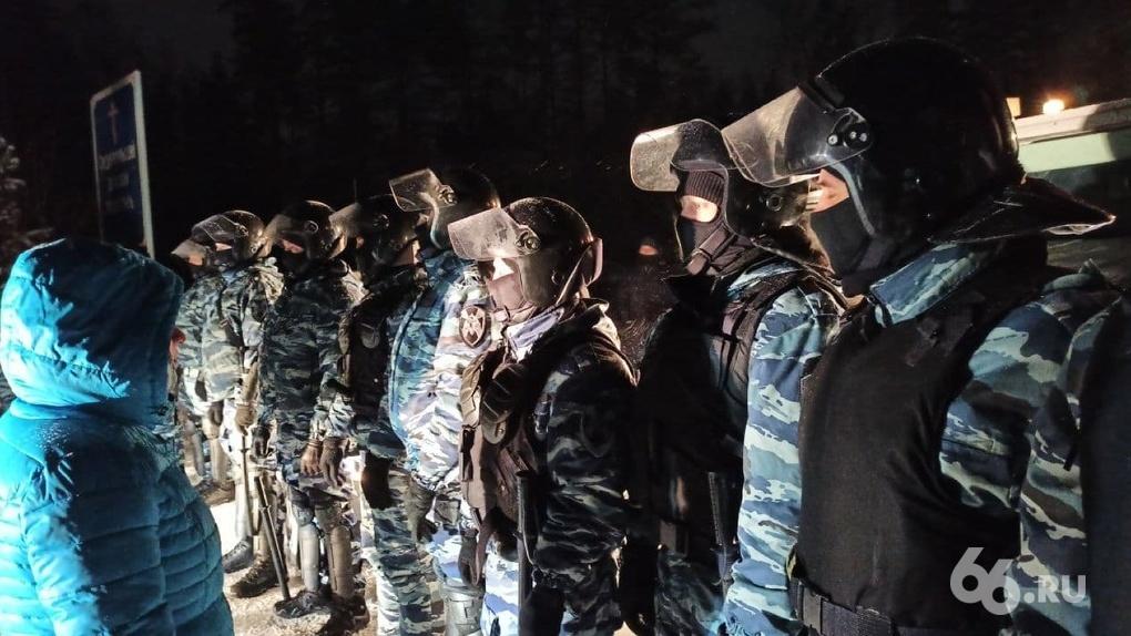 Силовики взяли штурмом Среднеуральский монастырь, отец Сергий задержан