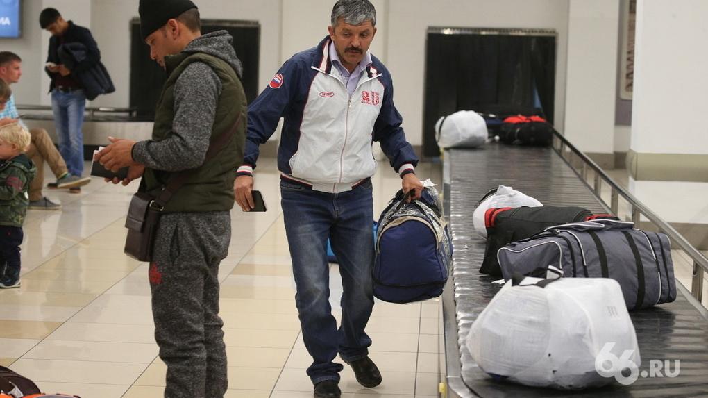 Россия прекращает авиасообщение с Ираном, где распространяется коронавирус