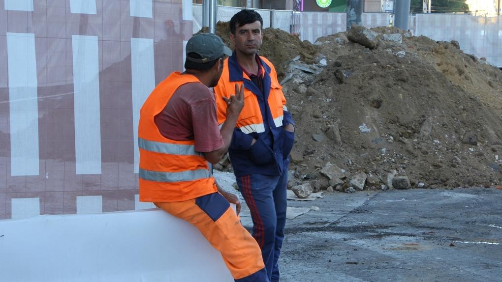 В Россию вернулись трудовые мигранты, их поток удвоился. Откуда приезжают рабочие