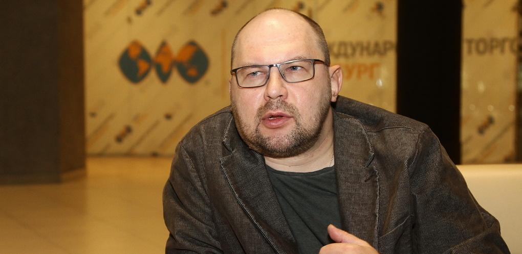 Дмитрий Медведев выдал писателю Алексею Иванову миллион рублей за роман «Ненастье»